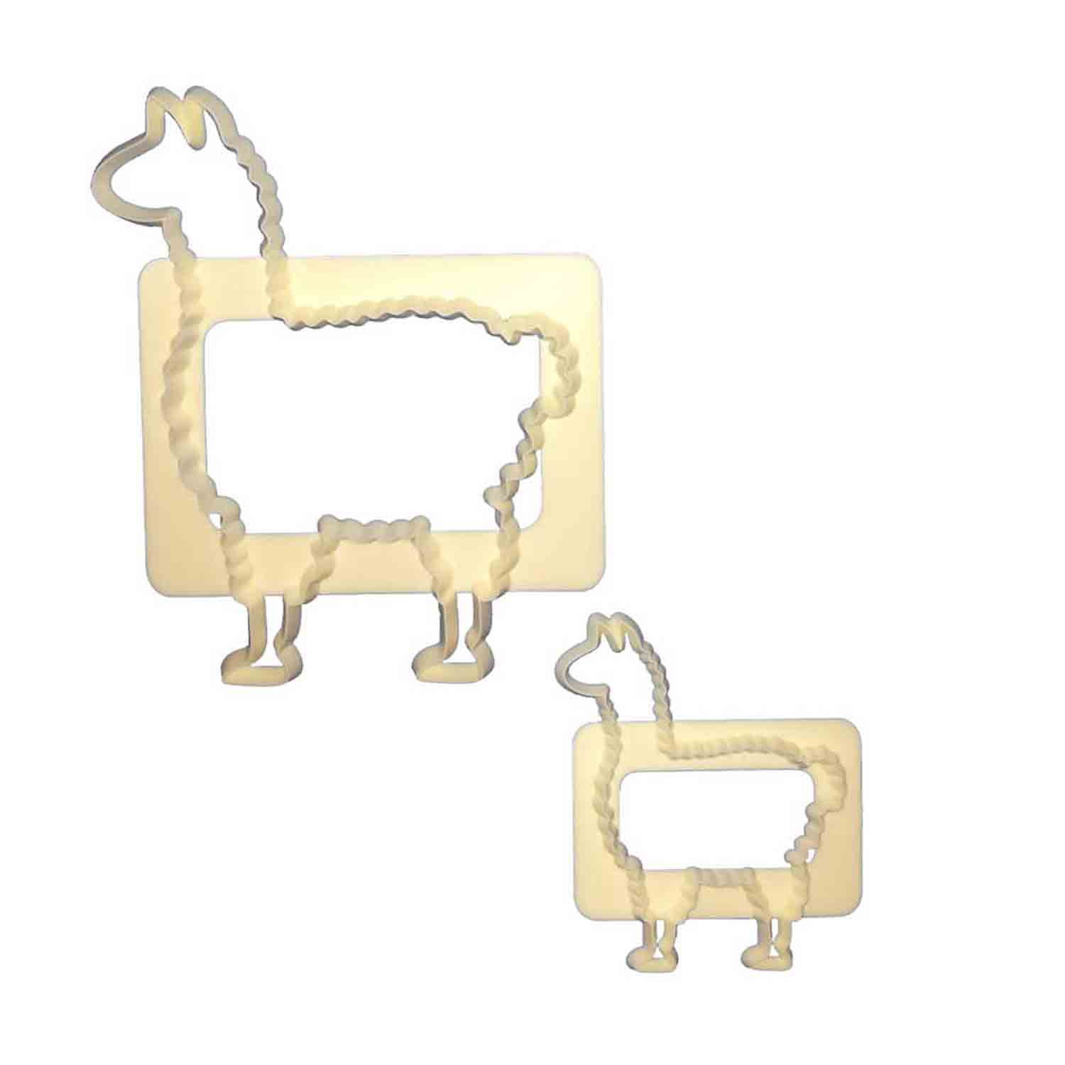 Mummy and Baby Llamas Cutter Set
