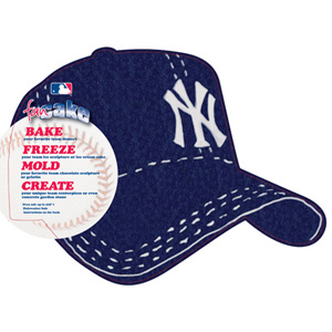 MLB New York Yankees Pantastic Plastic Cake Pan