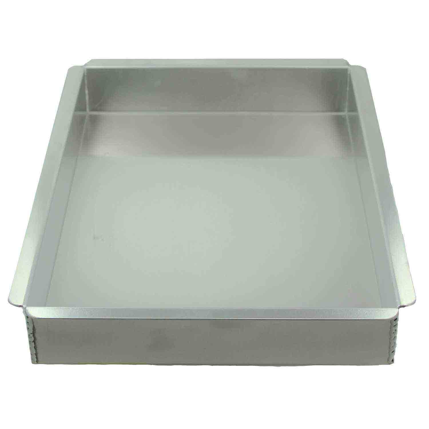 "10 X 15 x 2"" Magic Line Sheet Cake Pan"