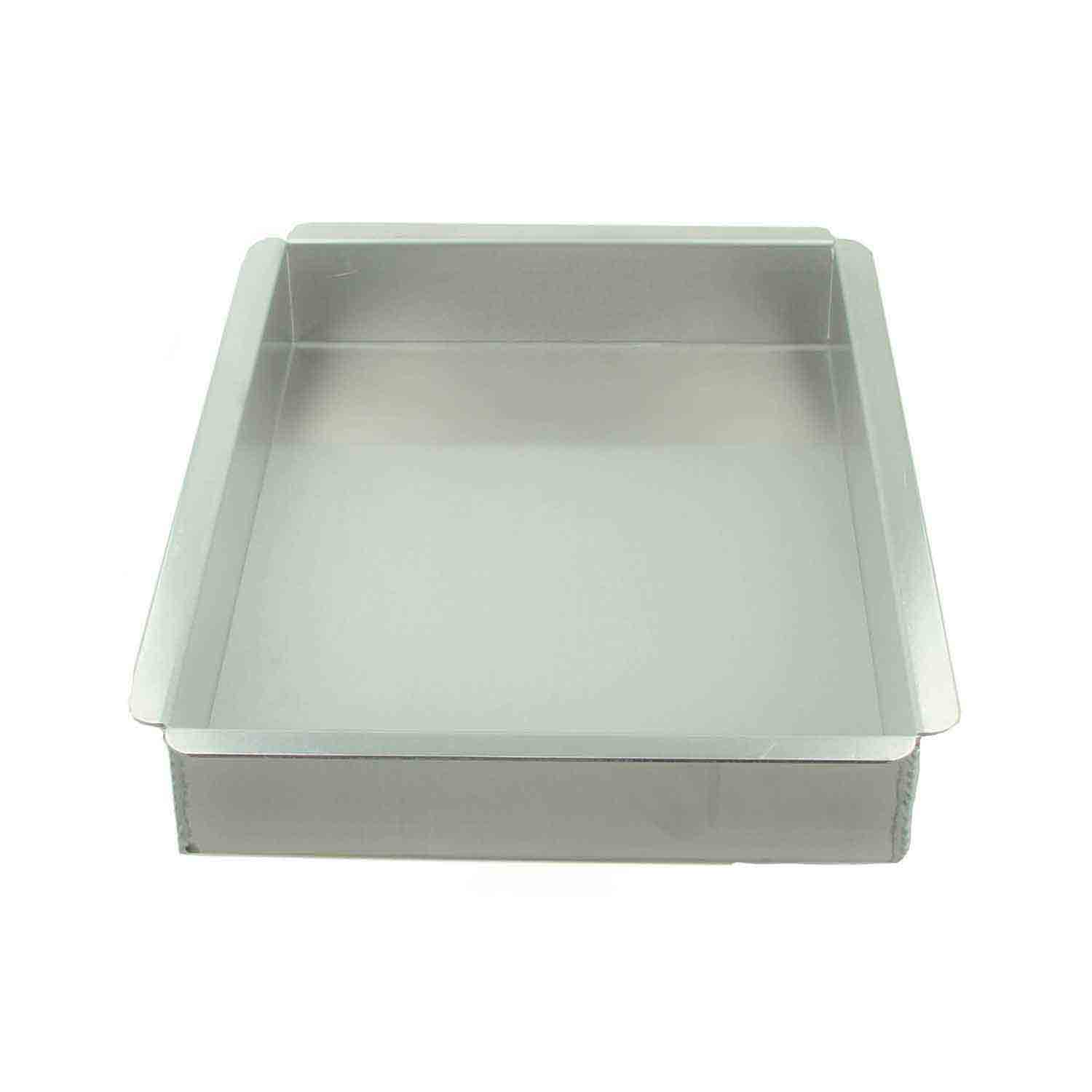 "9 x 13 x 2"" Magic Line Quarter Sheet Cake Pan"