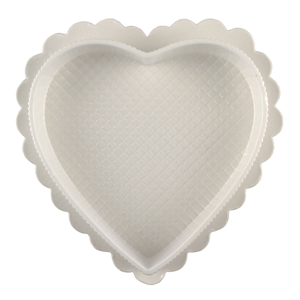 2 oz. White Heart Candy Box with Clear Lid