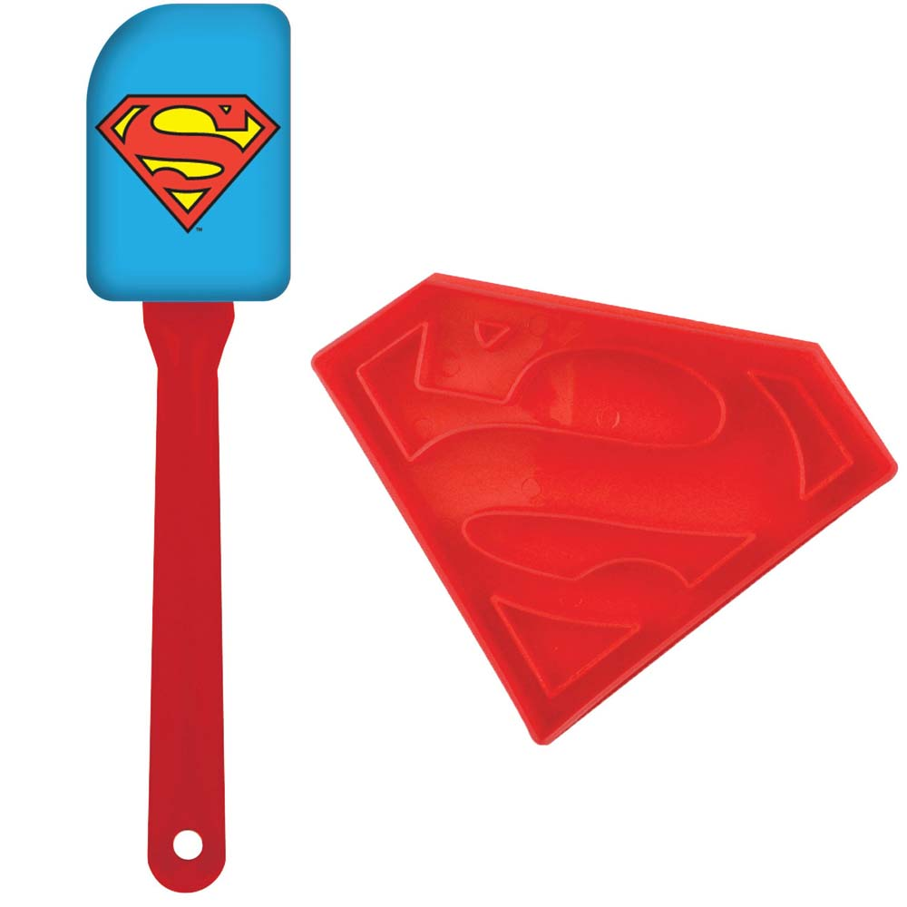 Superman Cookie Cutter and Spatula Set