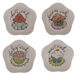 Cupcake Patterned Scalloped Plates