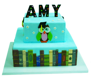 Owl Graduation Cake with Book Border