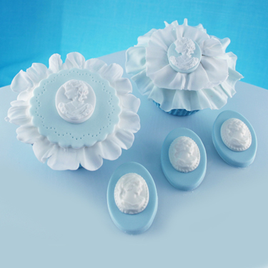 Cameo and Ruffles Cupcakes