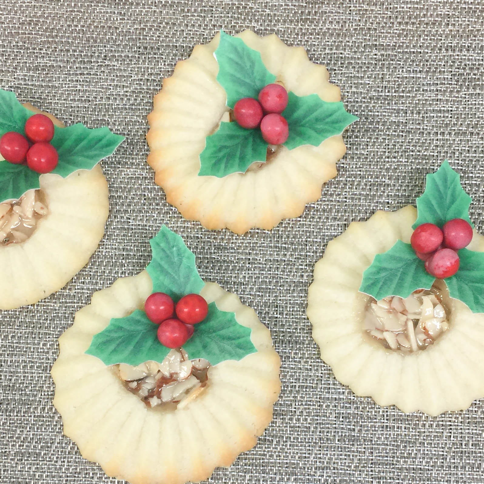 Shortbread Cookies with Almond Center