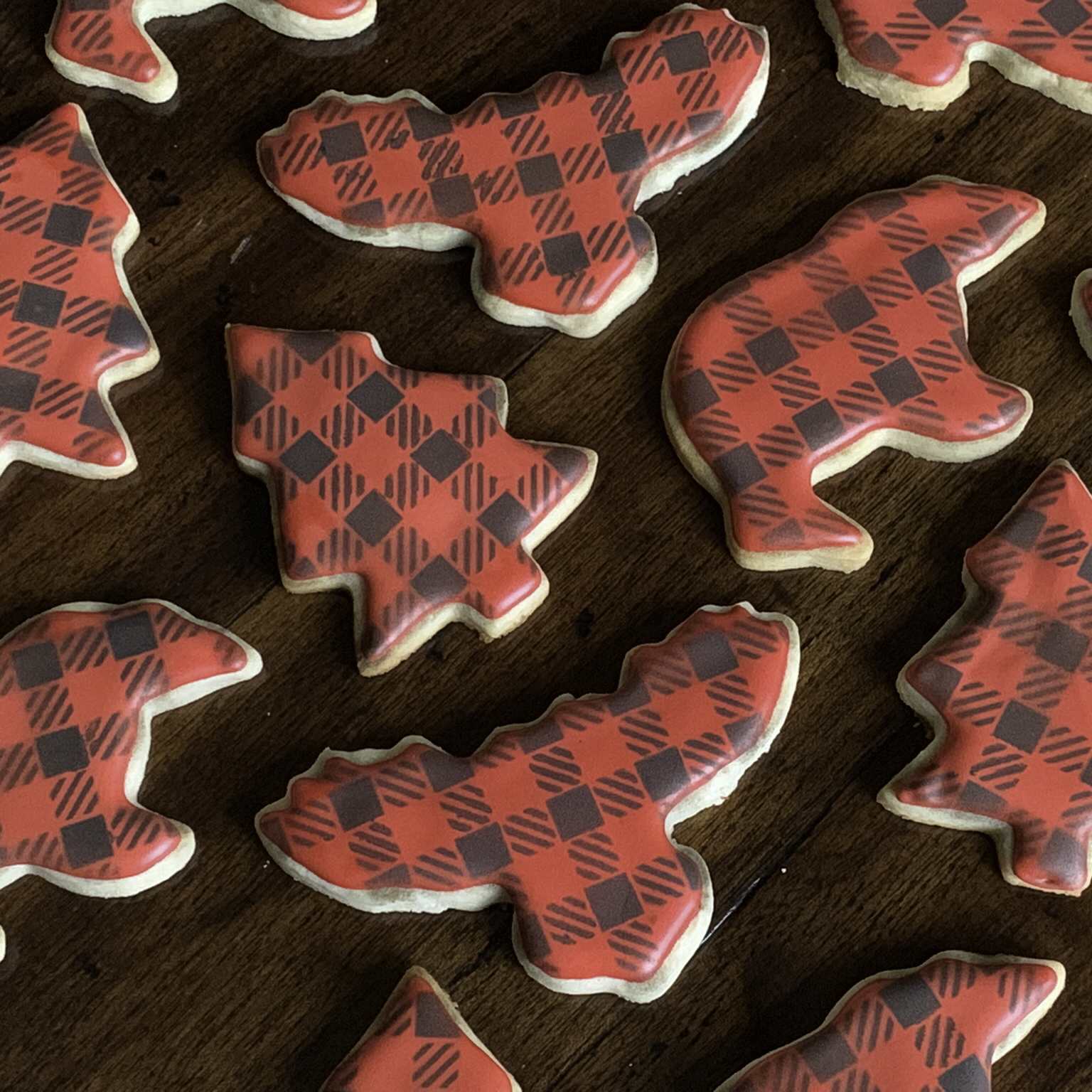 Buffalo Plaid Stenciled Sugar Cookies