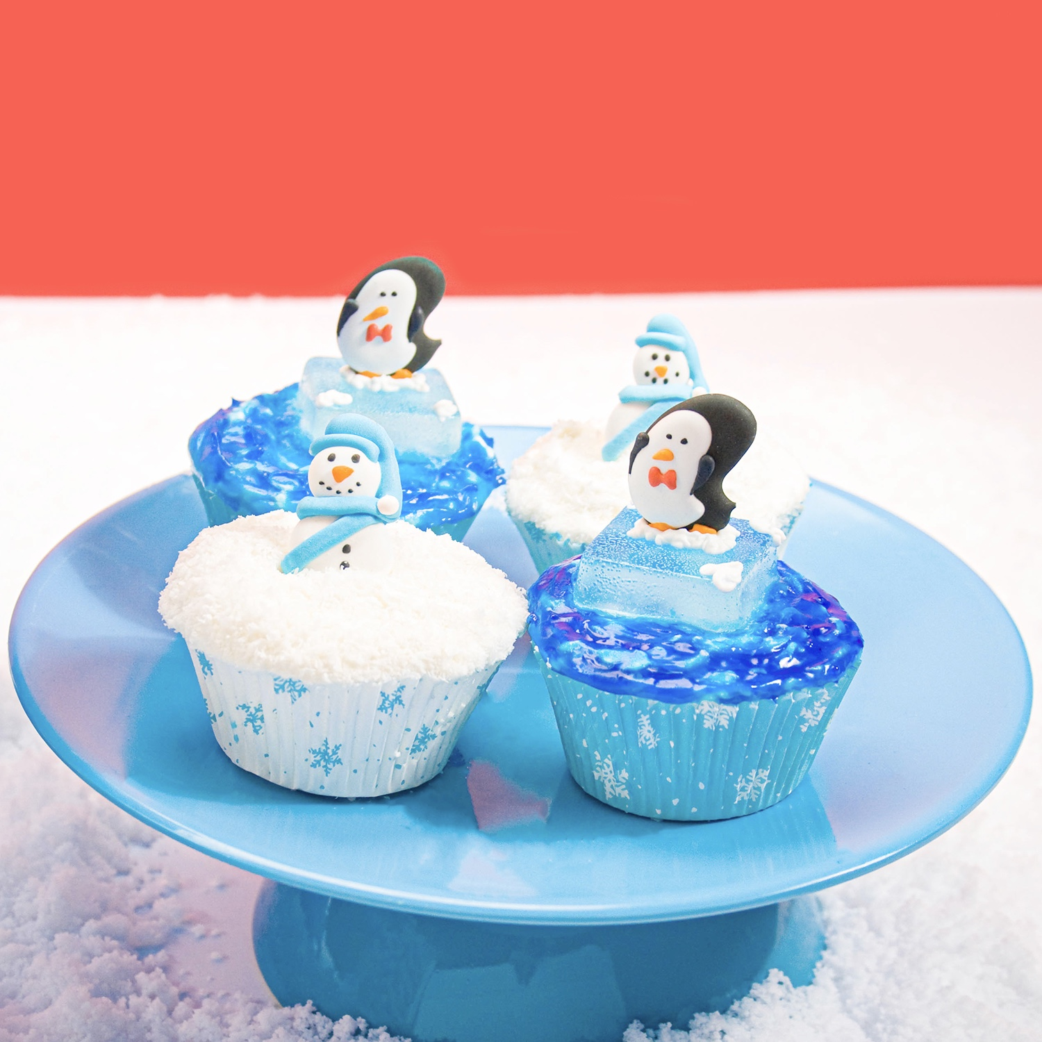 Blue & White Winter Cupcakes