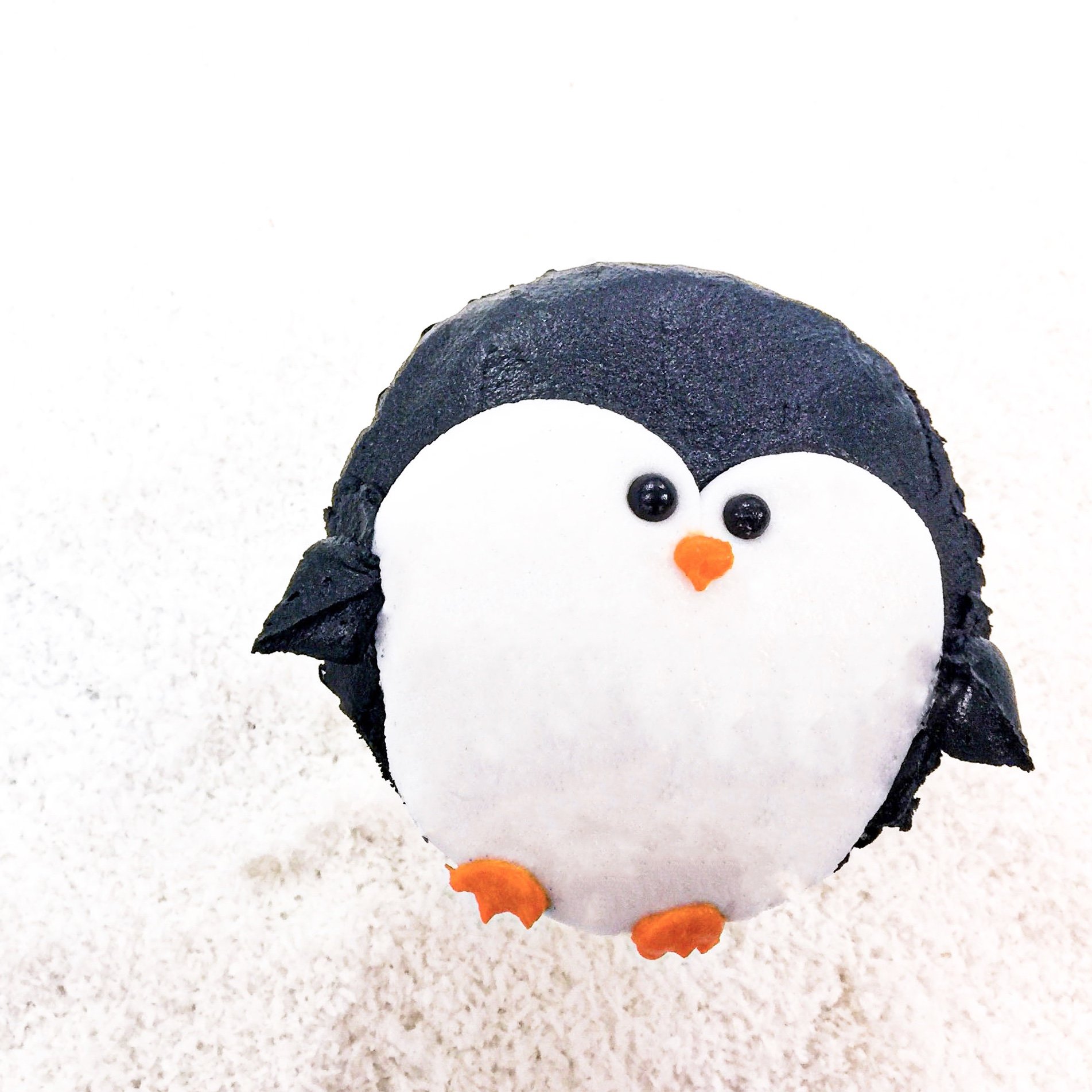 Winter Penguin Cupcake