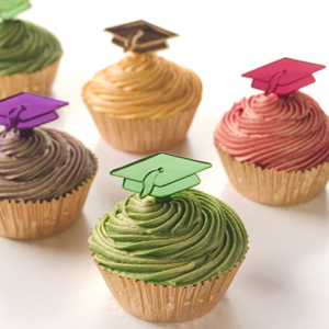 Metallic Graduation Cupcakes